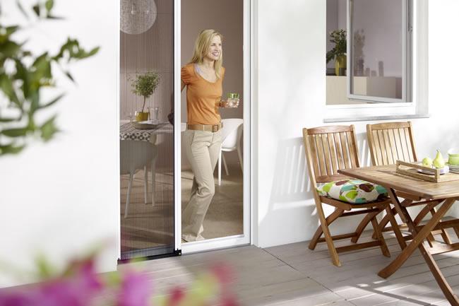 bei haack raumgestaltung finden sie insektenschutz. Black Bedroom Furniture Sets. Home Design Ideas